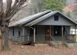 Foreclosed Home en THOMPSON COVE RD, Clyde, NC - 28721