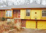 Foreclosed Home en SUNSET CIR, Grandview, MO - 64030