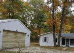Foreclosed Home en EVERGREEN LN, Millersburg, MI - 49759