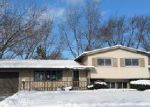 Foreclosed Home en ABERDEEN DR, Crystal Lake, IL - 60014