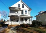 Foreclosed Home en PARK AVE, Naugatuck, CT - 06770