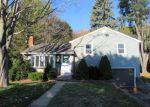 Foreclosed Home en FAIRGROUND CIR, Norwich, CT - 06360