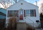Foreclosed Home en EAST AVE, Milford, CT - 06460