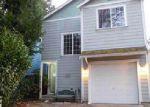 Foreclosed Home en NE GREEN GLEN LN, Bremerton, WA - 98311