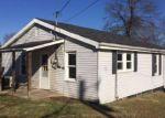 Foreclosed Home en S WATAUGA AVE, Elizabethton, TN - 37643