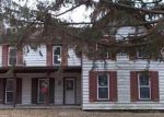 Foreclosed Home en E SPRUCE ST, Chatham, IL - 62629