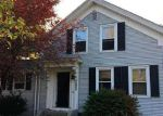 Foreclosed Home en DIAMOND HILL RD, Cumberland, RI - 02864