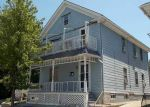 Foreclosed Home en POMONA AVE, Providence, RI - 02908