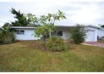 Foreclosed Home en INLET DR, North Fort Myers, FL - 33903