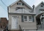 Foreclosed Home en MAPLE AVE, Staten Island, NY - 10302