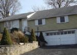 Foreclosed Home en READING RD, Allentown, PA - 18103