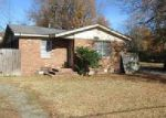 Foreclosed Home en W PULLEN ST, Pine Bluff, AR - 71601