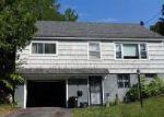Foreclosed Home en SUNRISE DR, Syracuse, NY - 13205