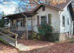 Foreclosed Home en E OAK HILL AVE, Knoxville, TN - 37917