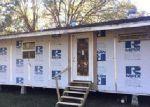 Foreclosed Home en DWYER DR, Saint Martinville, LA - 70582