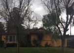 Foreclosed Home en EDWARDS AVE, Bakersfield, CA - 93306