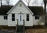 Foreclosed Home en MADELYN AVE, West Milford, NJ - 07480