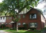 Foreclosed Home in PARLIAMENT DR W, Palos Heights, IL - 60463