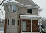 Foreclosed Home en FIRWOOD AVE, Eastpointe, MI - 48021