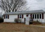 Foreclosed Home en SANDY LN, Warwick, RI - 02889