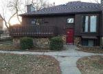 Foreclosed Home en S YELLOWSTONE ST, Wichita, KS - 67215