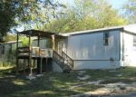 Foreclosed Home en RIVER BEND DR, New Braunfels, TX - 78130