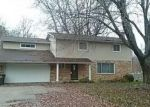 Foreclosed Home en E RIDING MALL, South Bend, IN - 46614