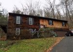 Foreclosed Home en OLD LANE RD, Vestal, NY - 13850