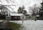 Foreclosed Home en W EDGEWOOD RD, Waukegan, IL - 60087