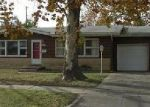 Foreclosed Home en S LAURA ST, Wichita, KS - 67216