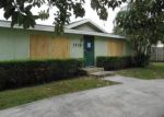 Foreclosed Home en E TERRACE DR, Lake Worth, FL - 33460