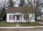 Foreclosed Home en W ROBINSON ST, Bethany, IL - 61914