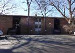 Foreclosed Home en E LAKE DR, Lisle, IL - 60532
