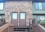 Foreclosed Home en CLIFFSIDE DR, Manchester, CT - 06042