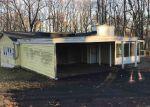 Foreclosed Home en DUNBAR HILL RD, Hamden, CT - 06514