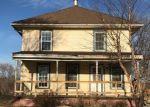 Foreclosed Home en S SENECA ST, Wichita, KS - 67217