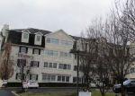 Foreclosed Home en CLINTON PL, Hackensack, NJ - 07601