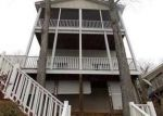 Foreclosed Home en CLUB HOUSE DR, New London, NC - 28127