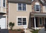 Foreclosed Home en PEACH TREE LN, Haledon, NJ - 07508