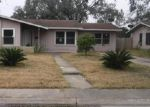Foreclosed Home en E CROCKETT ST, Beeville, TX - 78102