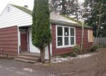 Foreclosed Home en SE BUSH ST, Portland, OR - 97236