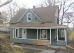Foreclosed Home en W OAK ST, Greenville, MI - 48838