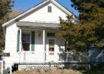 Foreclosed Home en E COLE ST, Du Quoin, IL - 62832