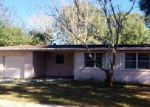 Foreclosed Home en E TARPON DR, Tampa, FL - 33617