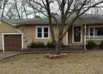 Foreclosed Home en N MORRILL ST, Morrilton, AR - 72110