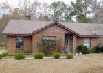 Foreclosed Home en MCFADDEN DR, Tuskegee Institute, AL - 36088