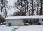 Foreclosed Home en DELLWOOD DR, Fort Wayne, IN - 46803