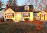 Foreclosed Home en ROSE HILL DR, Cranston, RI - 02920