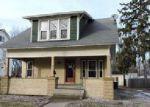 Foreclosed Home en W STEEL ST, Saint Johns, MI - 48879