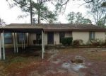 Foreclosed Home en PINE NEEDLE DR, Huntsville, TX - 77340